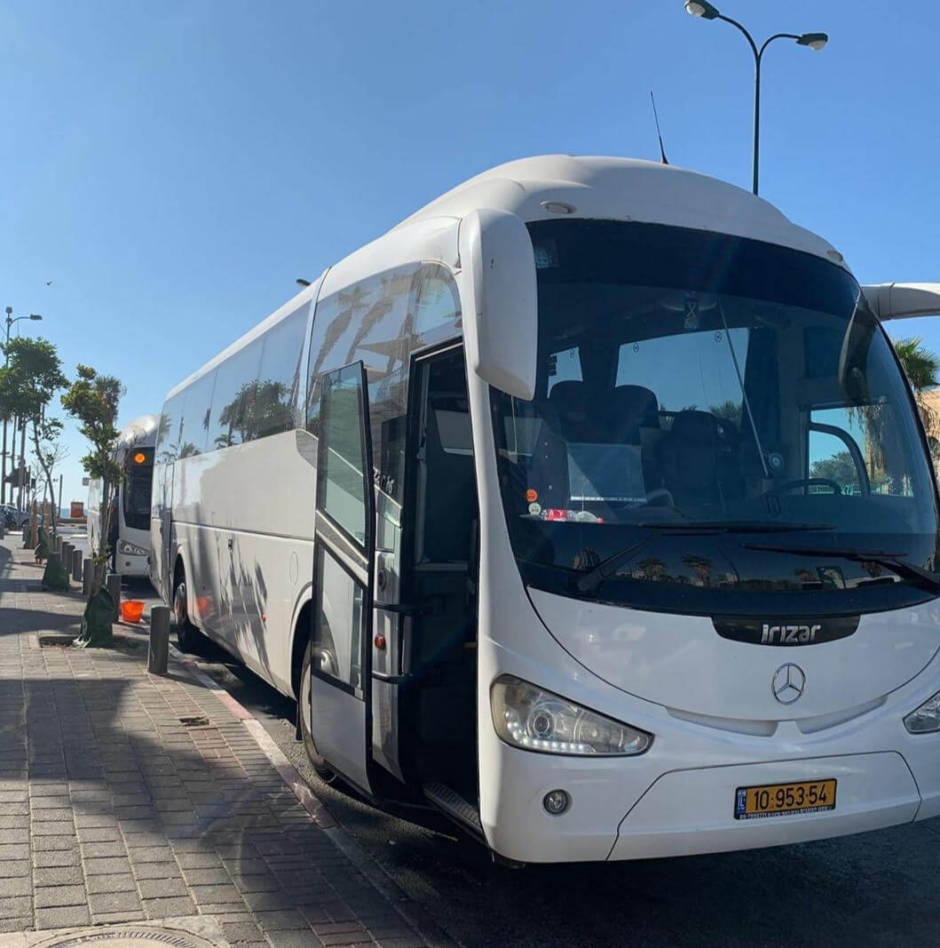 אוטובוס 54 מקומות